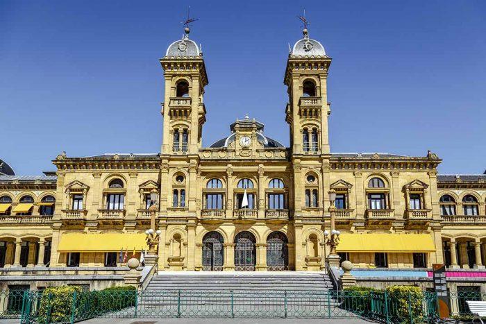 Conoce el Ayuntamiento de San Sebastián