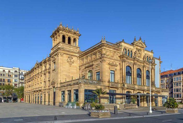 Ver una obra en el Teatro Victoria de San Sebastián