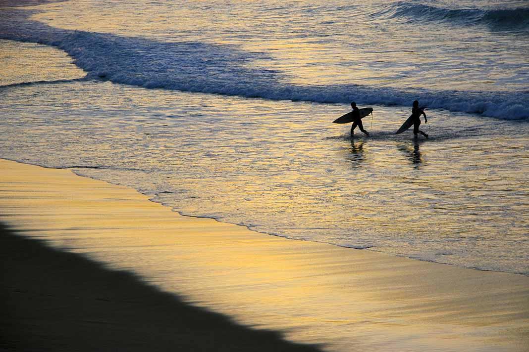 Surfear en San Sebastián