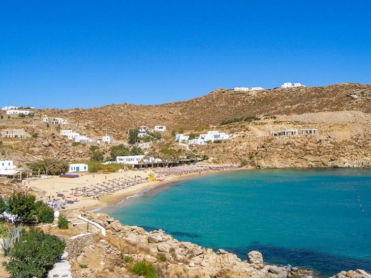 Hospedarse en la Super Paradise Beach de Mykonos, Grecia