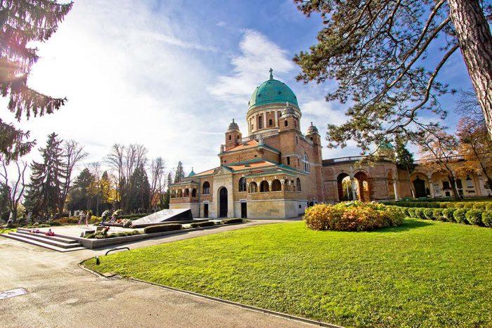 Qué hacer en Zagreb? Visitar el cementerio de Mirogoj