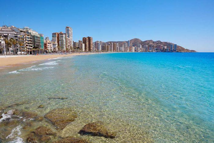 Qué hacer en Benidorm: Bañate en las playas de Benidorm