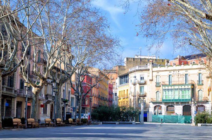 Dormir en Figueres: La ciudad estratégica y con ambiente de la Costa Brava