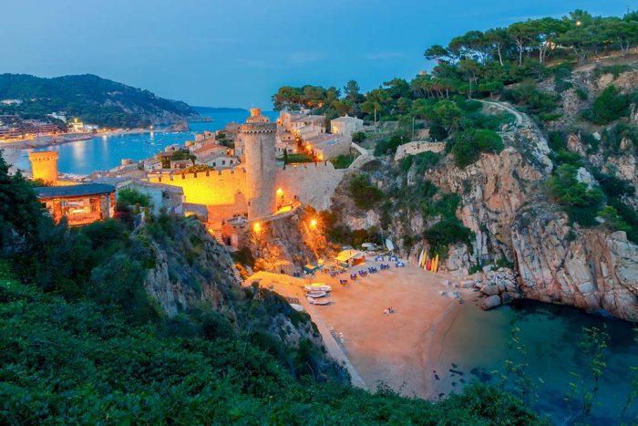 Tossa de Mar: Uno de los destinos estrella más elegidos para alojarse en la Costa Brava