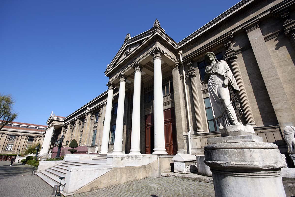 El museo arqueológico de Estambul (İstanbul Arkeoloji Müzesi) es uno de los más importantes del mundo para ver