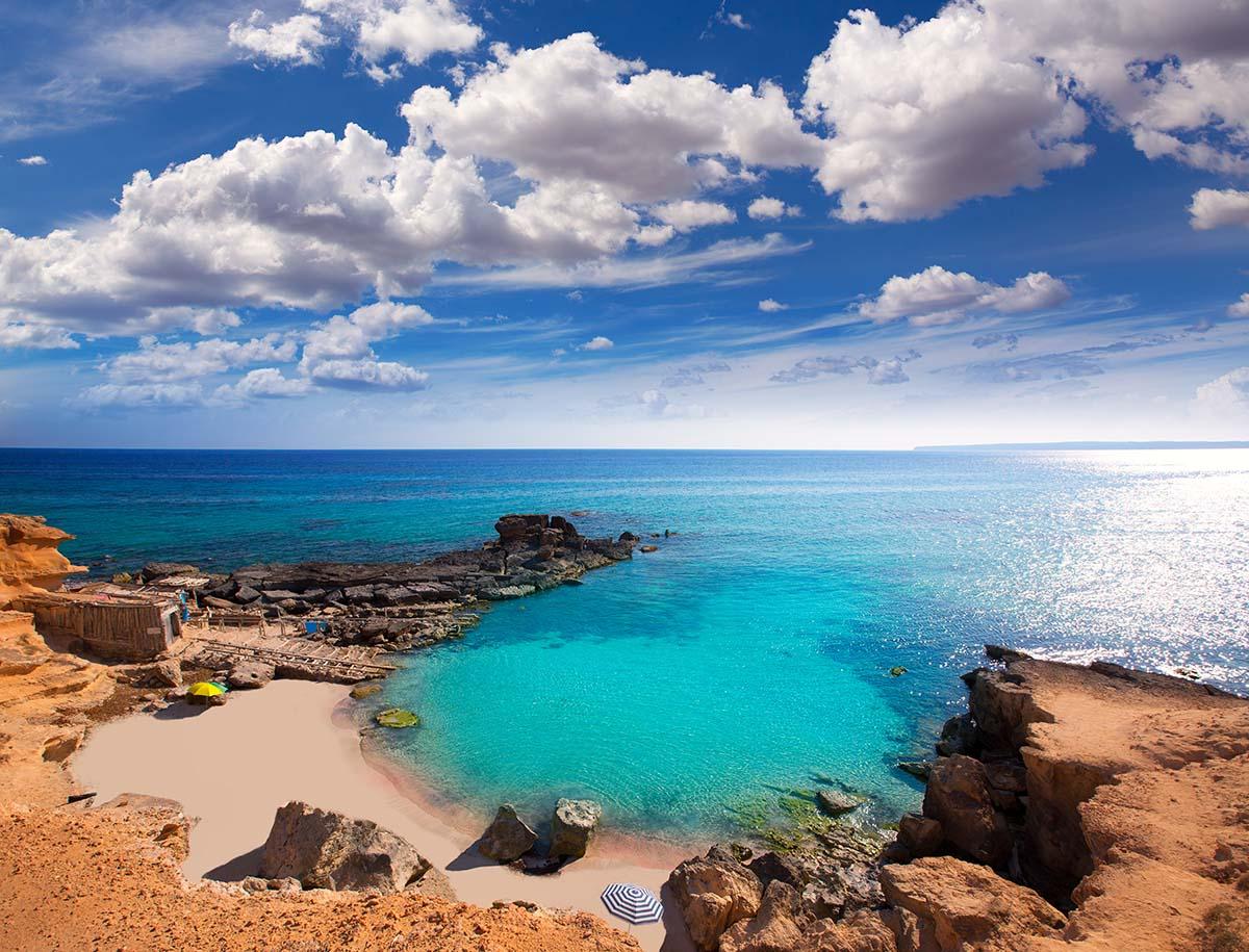 Relajate en Es Caló d'es Mort de Formentera