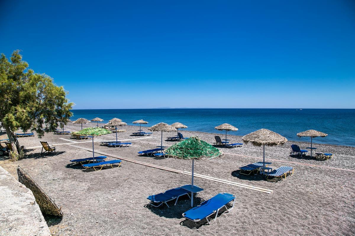Playa de Monolithos