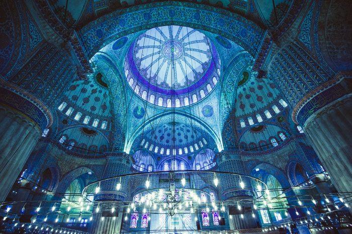 Visitar en Estambul las diferentes Mezquitas:Mezquitas Semsi Paşa, Mihrimah, Yeni Valide
