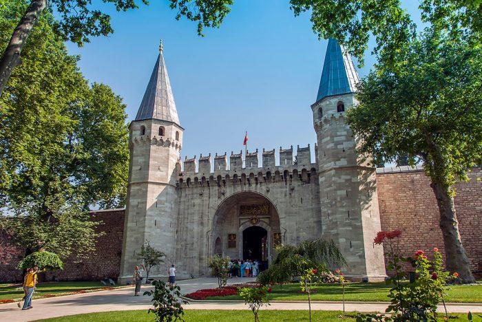 Visita en Estambul el Palacio Topkapi, conjunto monumental de dimensiones colosales