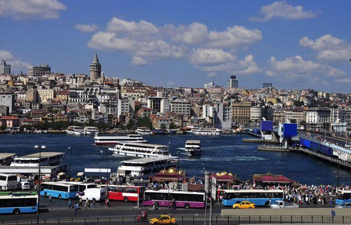 Visita en Estambul el puerto de Eminönü