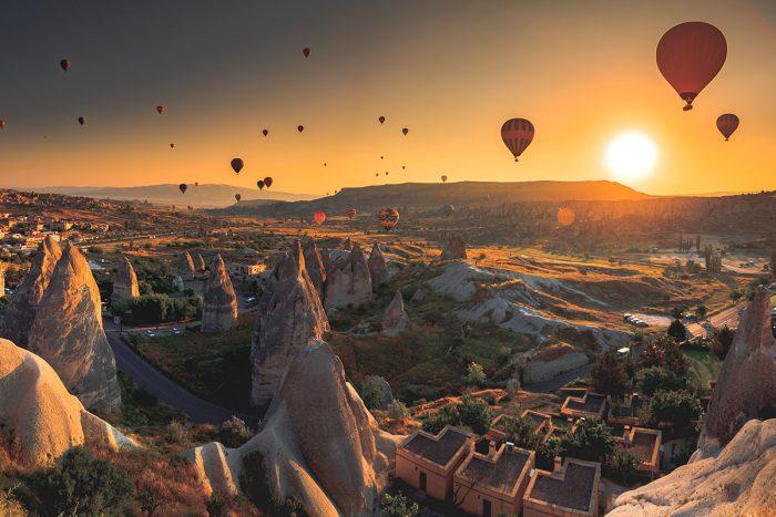 Qué hacer en Estambul: Volar en globo sobre los increíbles paisajes de la Capadocia