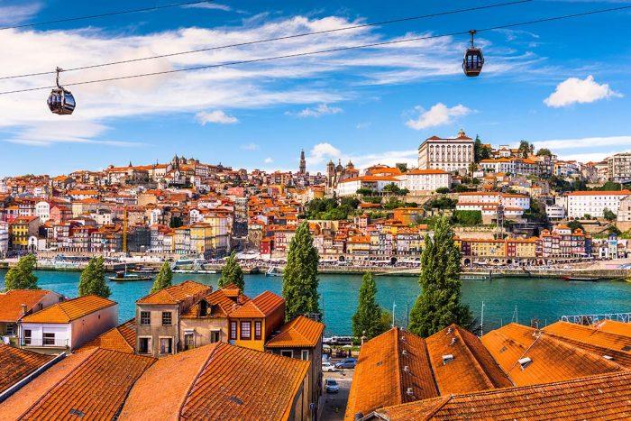 El barrio Ribeira una de las mejores zonas dónde alojarse en Oporto