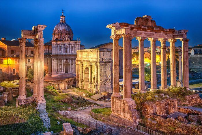 Alojarse en la Roma Antigua: El coliseo y foros