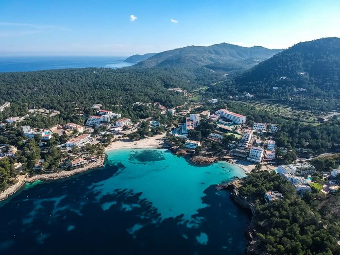 Conoce Las Mejores Playas de Ibiza: Playa de Portinatx