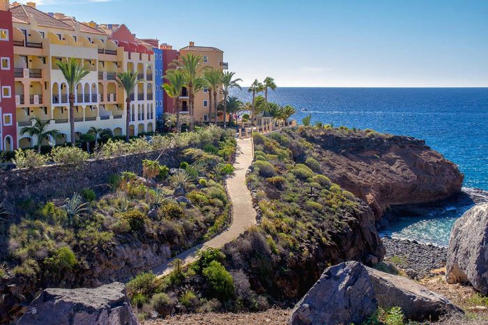 Callao Salvaje es ideal para disfrutar de la playa y encontrar alojamiento en Tenerife