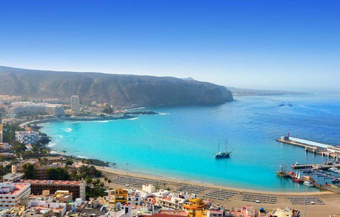 Los Cristianos alojamiento en apartamentos para familias y amigos donde dormir en Tenerife