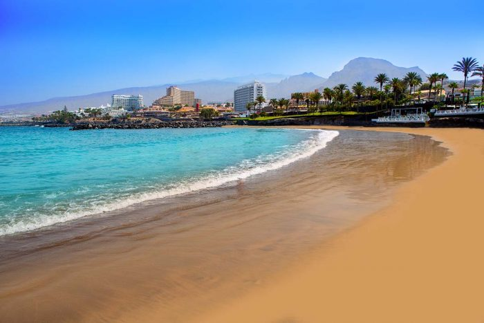 Playa de las Américas es uno de los principales destinos turísticos de la isla de Tenerife donde alojarse