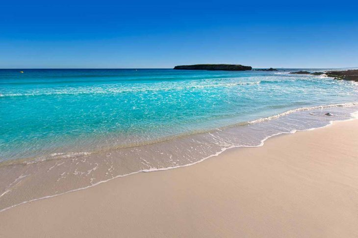 Disfrutar de las Playas de Menorca: Binigaus