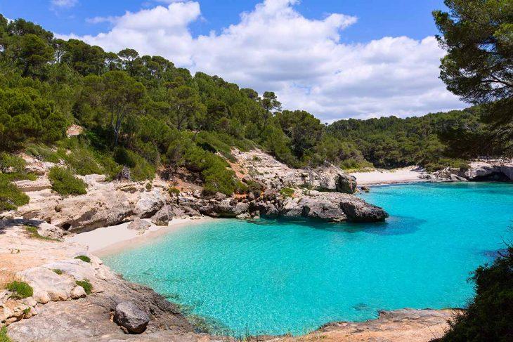 Cala Mitjana y Mitjaneta entre las mejores playas vígenes de Menorca