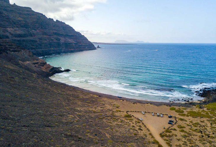 Orzola un lugar donde alojarse en Lanzarote para disfrutar de la tranquilidad
