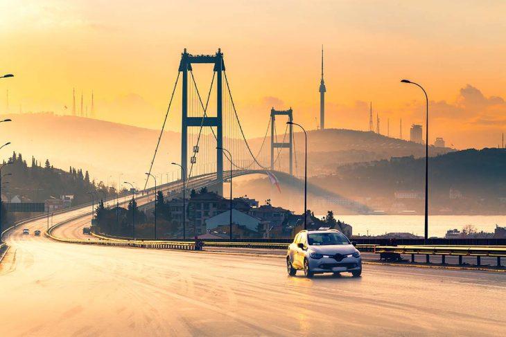 Moverse en coche de alquiler por Estambul