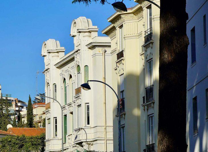 Liberation, ofrece la posibilidad de dormir en Niza a precios razonables.