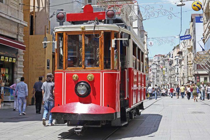 Moverse en Estambul: Tranvia