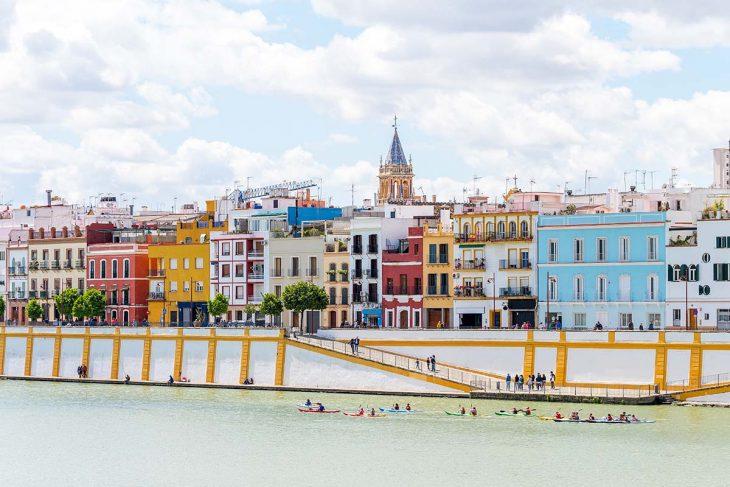 En tu visita a Sevilla no puedes irte sin visitar Triana