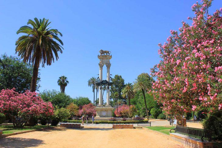 Ver y pasear por los Jardines de Murillo en Sevilla
