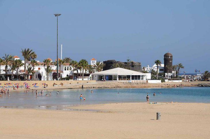 Caleta de Fuste, donde alojarse en Fuerteventura en familia