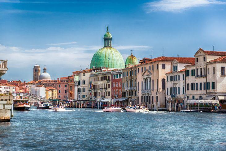 Santa Croce, una zona muy práctica donde dormir en Venecia