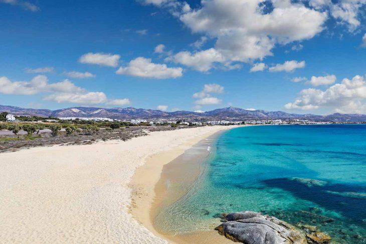Alojarse en el encantador y pintoresco pueblo de Argios Prokipios en Naxos