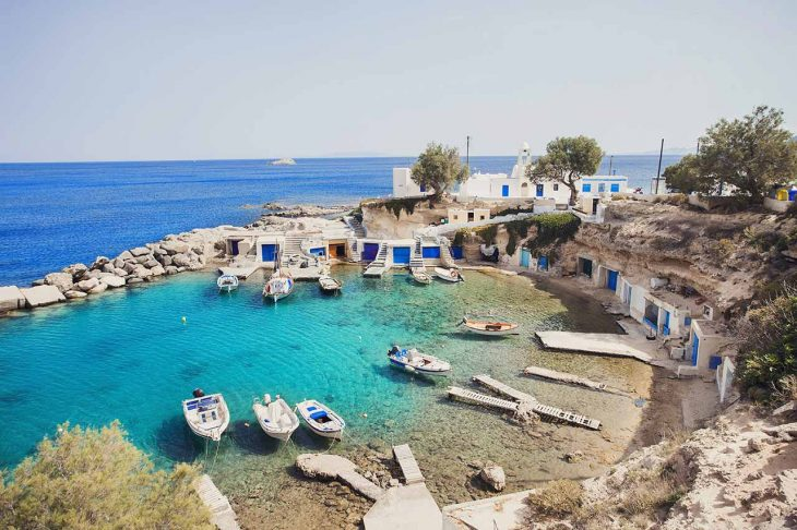 Mandrakia, otro encantador pueblo pesquero donde alojarse en Milos